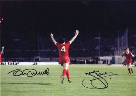 Tommy Smith & Joey Jones, Liverpool, signed 12x8 inch photo.